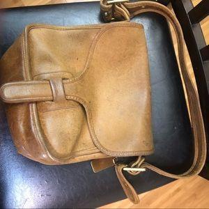 Vintage Coach 70s Leather Courier Purse